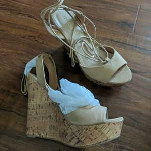 Brand new tan wedges